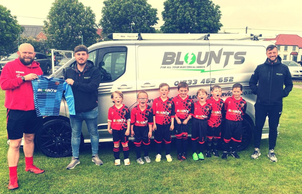 Blounts Electrical sponsor kids football team